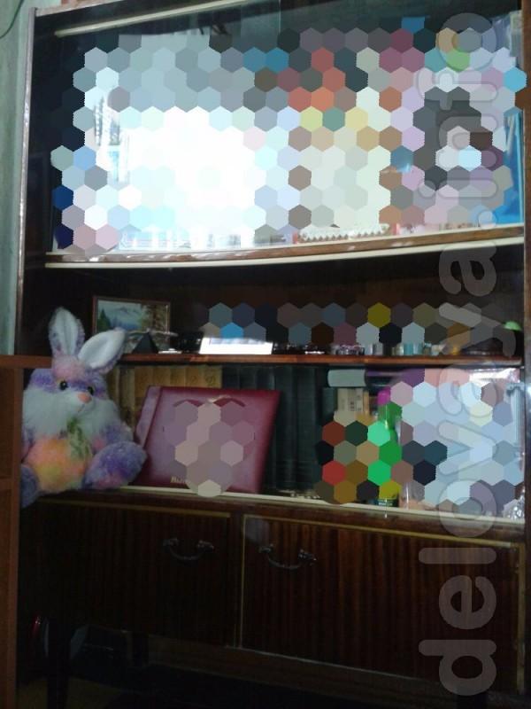 Шкаф в хорошем состоянии,ширина 105 см !возможен небольшой торг реаль