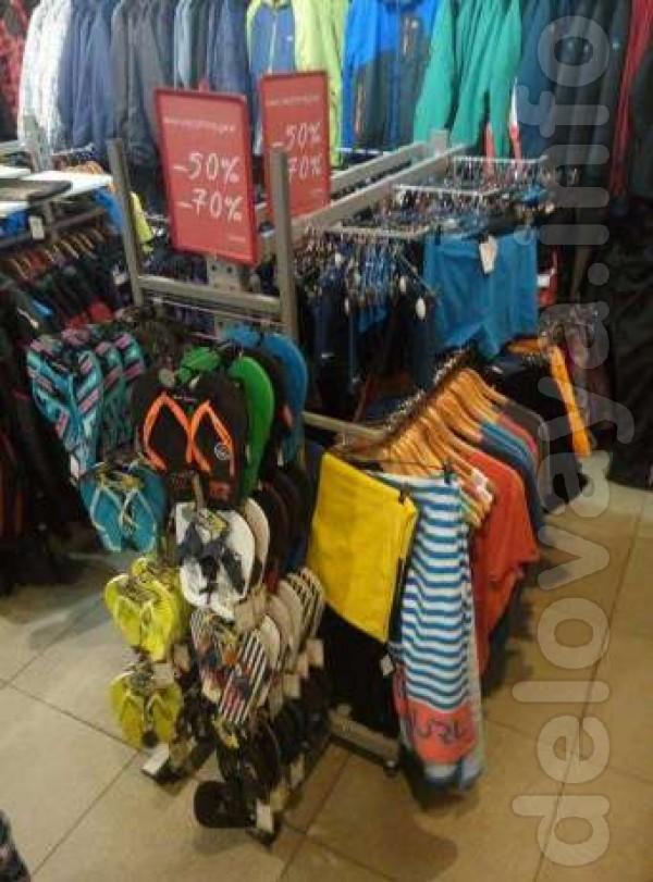 Продам торговое оборудование для магазина одежды / обуви / сумок / бе