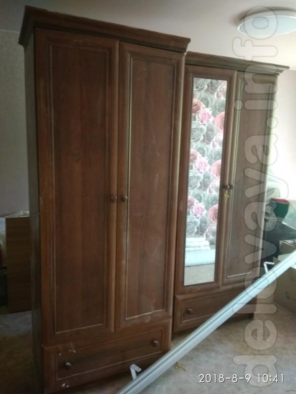 Продам шкаф 4х дв.1600*2000 (состоит из 2х частей по 80 см) -2500грн.