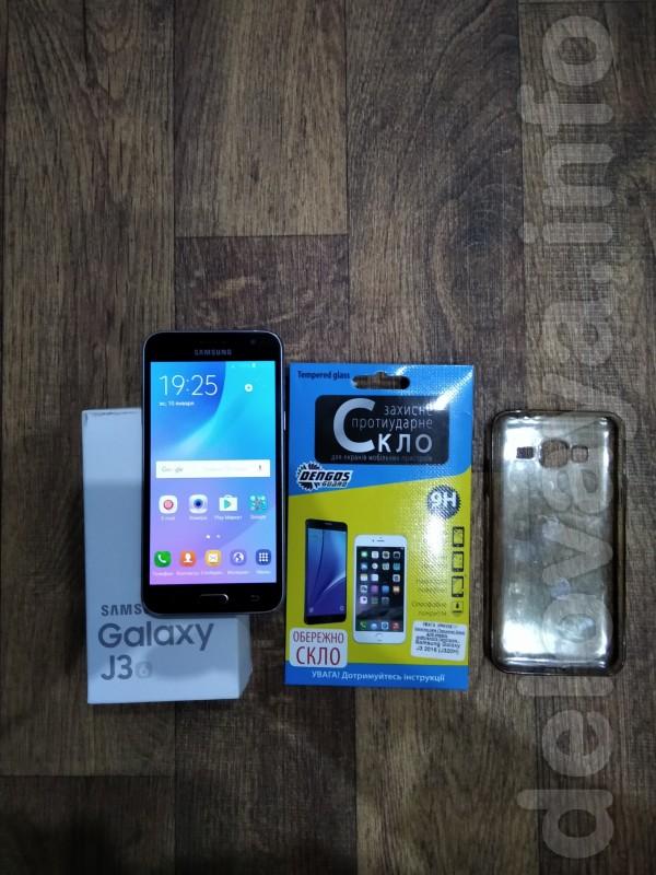 Продам смартфон SAMSUNG Galaxy J3 чёрный в хорошем состоянии, дисплей