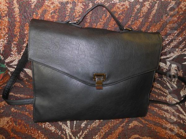 Сумка - портфель Reserved. Размер 37 см. / 29 см. Длинная ручка на пл