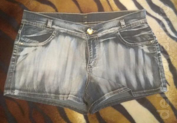 Продам недорого новые джинсовые шорты женские Gloria Jeans, серо-черн