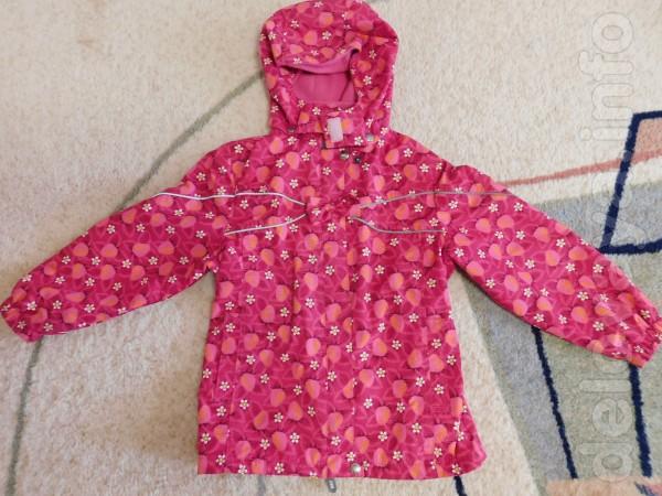 Куртка, ветровка (подкладка из флиса) Lenne 'Клубнички'. Удлинённая
