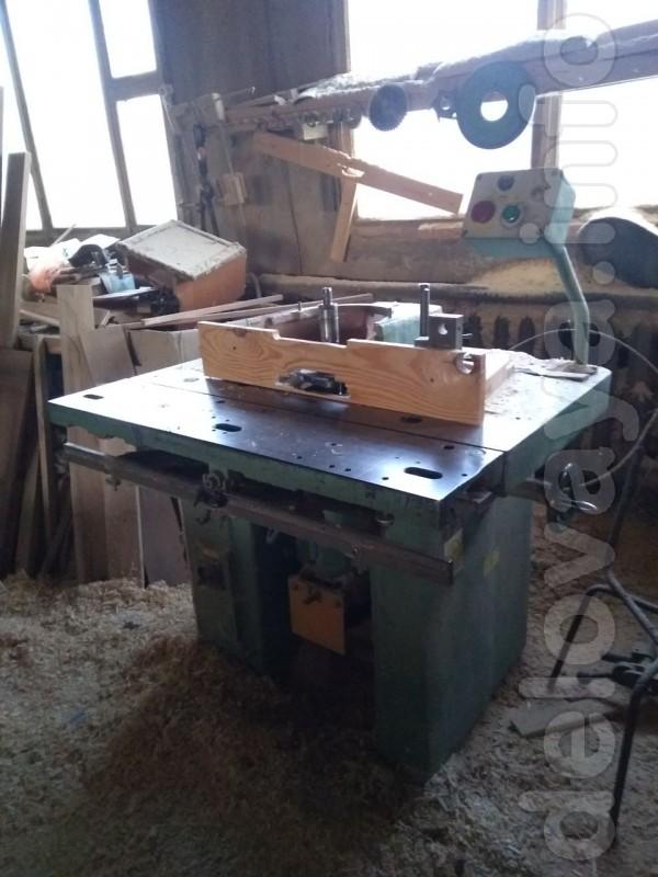 Продам фрезерный станок ФСШ-1А с шипорезной кареткой Днепропетровског