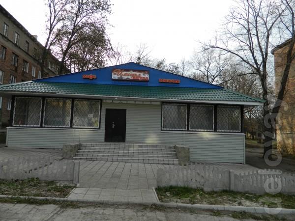 Продается магазин-кафе с удобной парковкой под охраной, в р-не Стекол