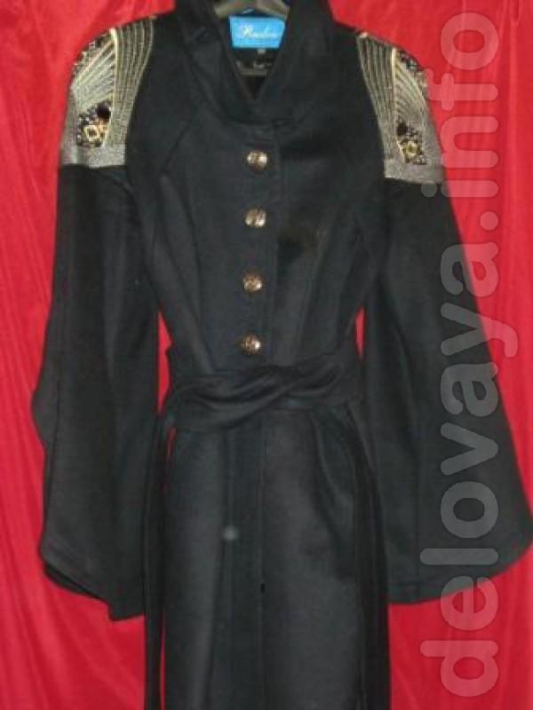 Пальта женские (б/у): Альбанто, Раслов. После кратковременной носки.