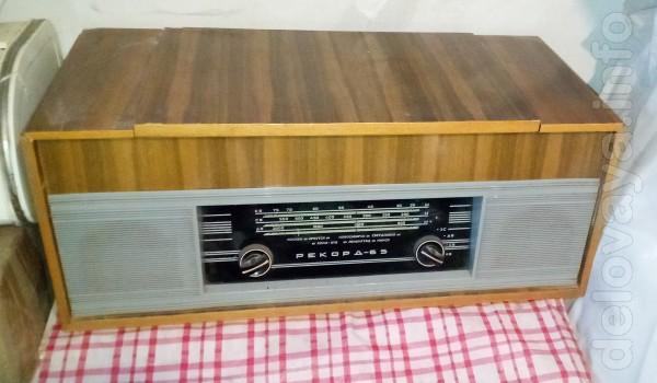 Радиола Рекорд-65