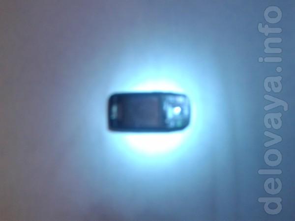 .Мобильные телефоны б/у хороее состояние SAMSUNG E 390. батарея 3-е с