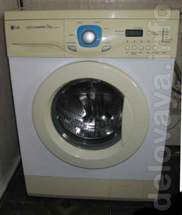 .Продам стиральную машину автомат, узкая, загрузка 5 кг. в отличном р