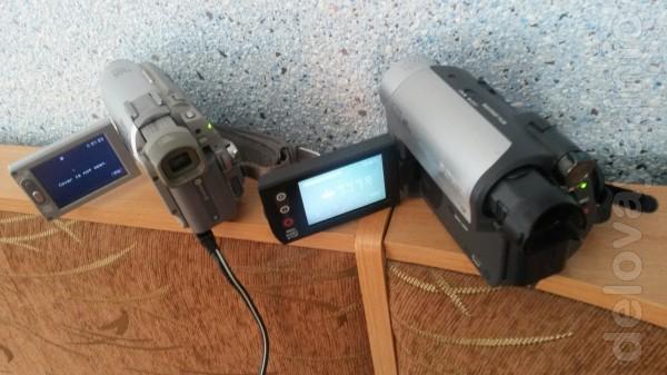 Видеокамеры 'Сони' 2-шт с кассетами новыми + сумка и документы. 450-6