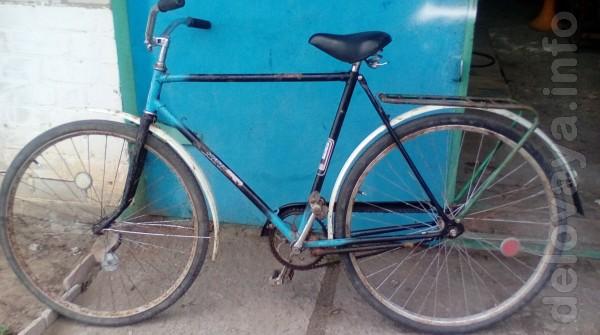 Продам велосипед Украина, в хорошем состоянии, впридачу гора запчасте