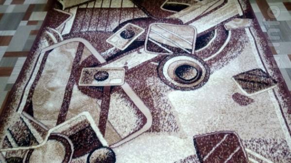 Новая ковровая дорожка Ширина 140 см и длина 6 метров Края обработа