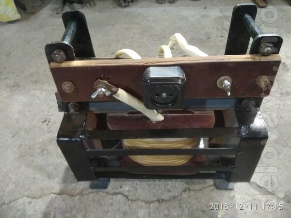 продам сварочный аппарат варит, режет, аккуратно сделан, намотан медн