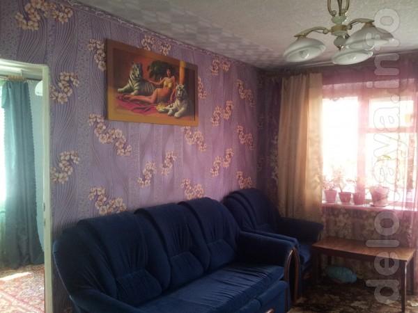 Продам 3-комн.кв. на Стекольном 4/5 с мебелью, состояние жилое, окна