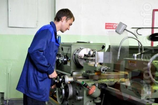 Услуги по металлообработке согласно чертежам (эскизам) заказчика или