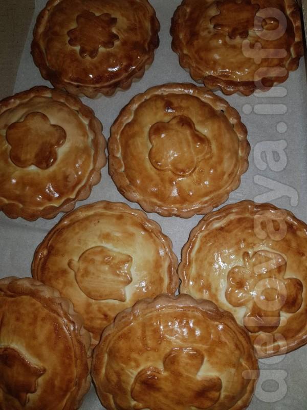 Компания является производителем десертов и предлагает с сдобного тес
