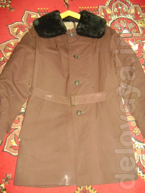 Новый, цвет тёмно коричневый (на фото искажен цвет), воротник и внутр