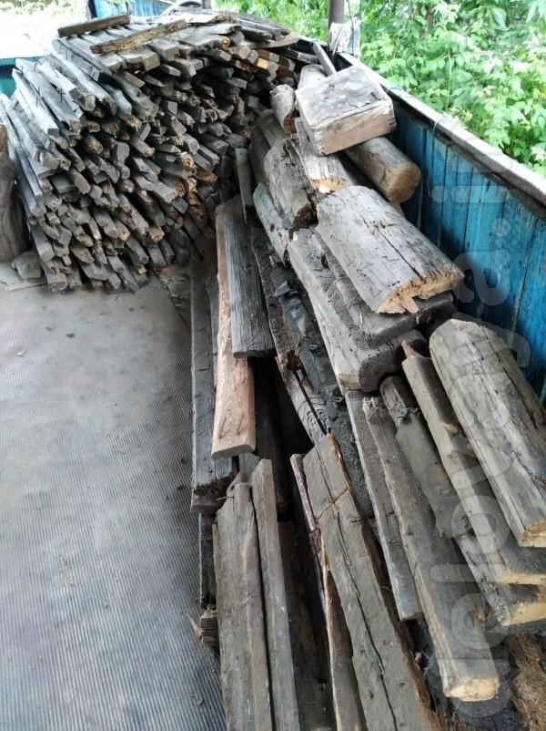 Продам на дрова 'спички' более 3,5 кубов плюс на дрова лутки и рамы о