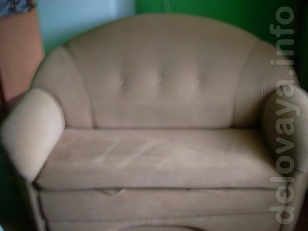 Продается диван - размер: ширина -160 см, глубина в сложенном состоян