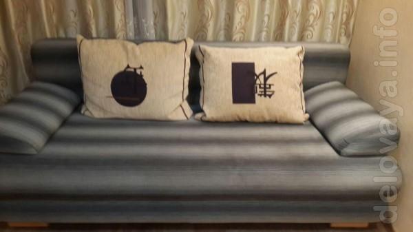 Продам диван в идеальном состоянии. На диване некто не спал. Раскла