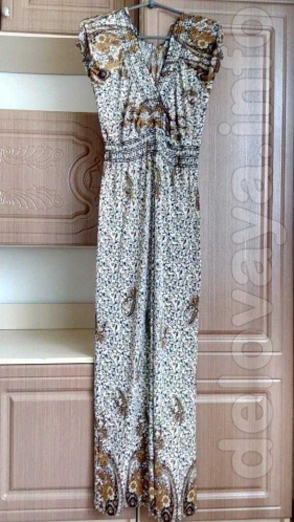 Новое платье 46-48 размер Ткань: трикотаж Длина 127 см Ширина по спин