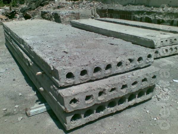 Продам б.у.:  - пустотные плиты  6х1,40 и  6х 1,0  - блоки ФБС 2,4