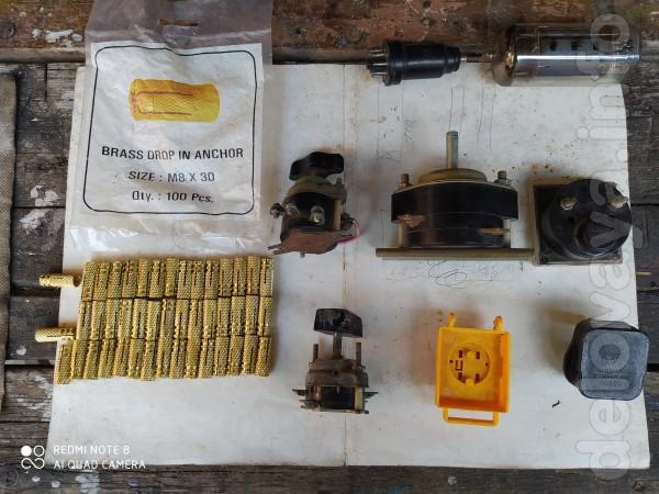 Вилка промышленная 40 грн. Переключатели,вилки,радиолампы 6П45С и 6Б