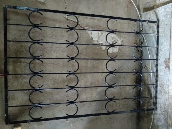 Металлическая кованая решетка на окно ,размер 1045*1610