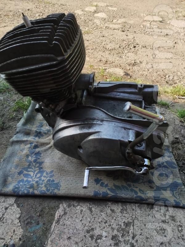 Двигатель для ИЖ В хорошем состоянии Залито чистое масло Поставлен