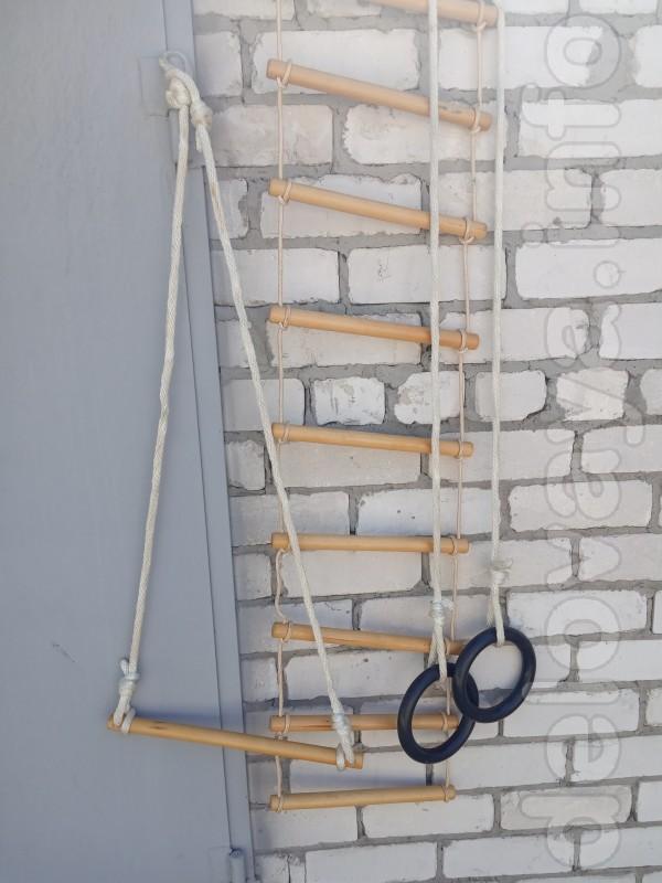 Гимнастический  детский навесной комплект деревянный,новый
