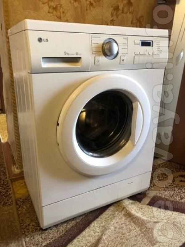 Продам стиральную машину лж на 5 кг загрузки вложения в хорошем состо