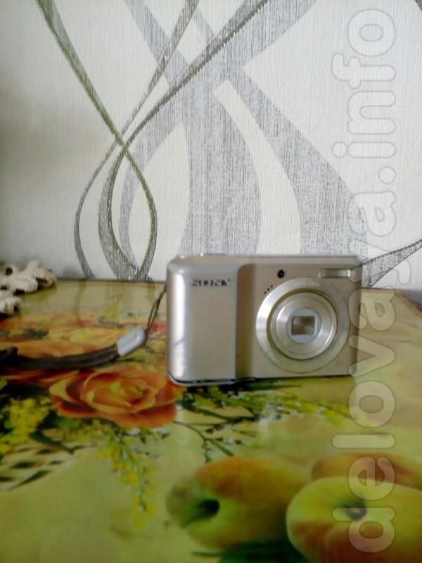 Продам цифр. фотоаппарат SONY в хорошем состоянии 10МП + карта памяти