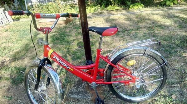 Велосипед для детей (6-10 лет:) Состояние идеальное