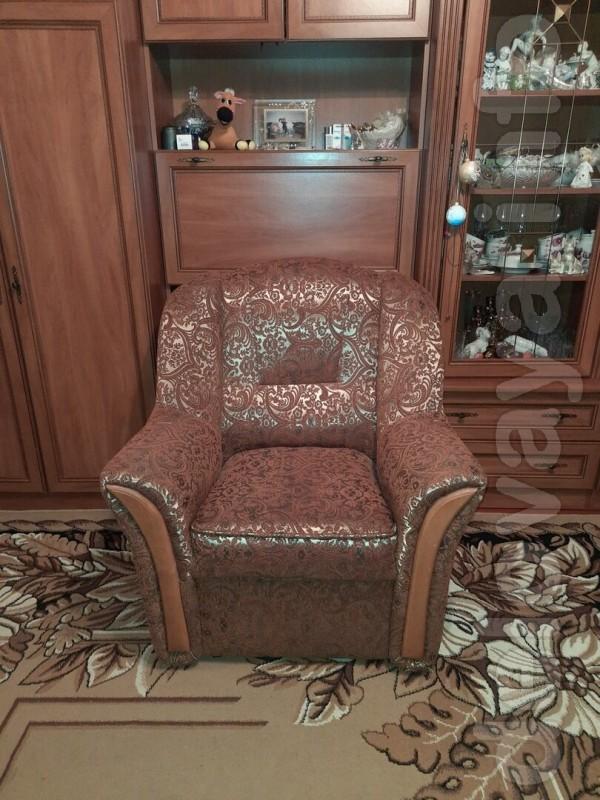 2 удобных кресла, состояние идеальное , ими практически не пользовали