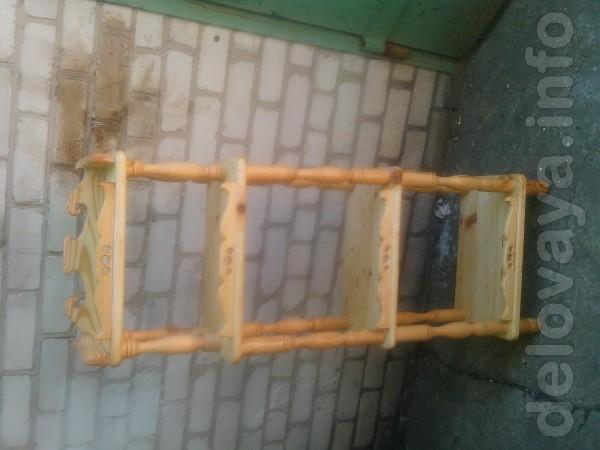 продам этажерку дерево покрыто льняным маслом 160 см высота 50 см шир