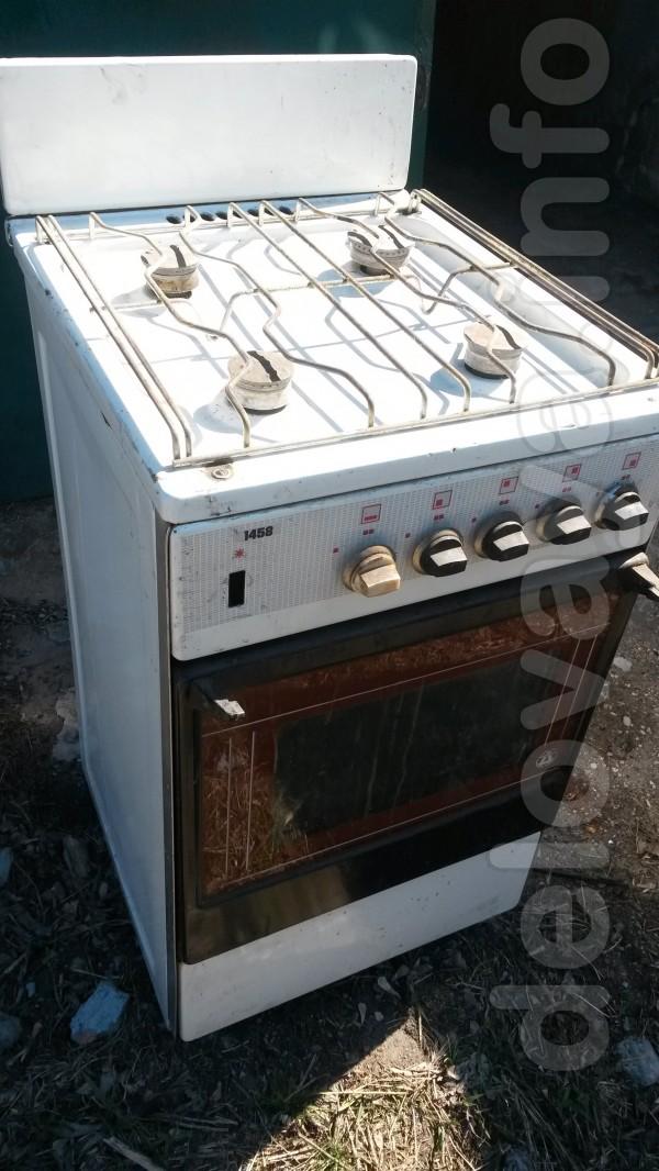 Газ печь в норм. состоянии - 500 грн. Стир.маш 'Вирпул'  , СВЧ -печь