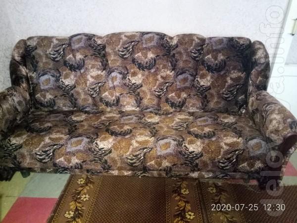 Продам мягкую мебель в очень хорошем состоянии.Цена 4000 грн. Центр г