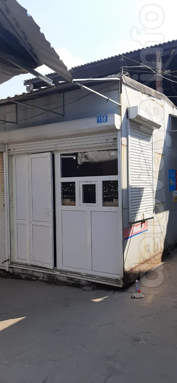 Сдам в аренду киоск в центре г. Лисичанска, р-н центрального крытого