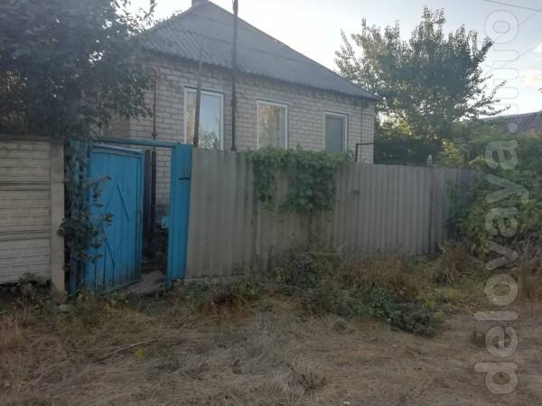 Продам дом на улице Набережная, требует ремонта, но в принципе, состо