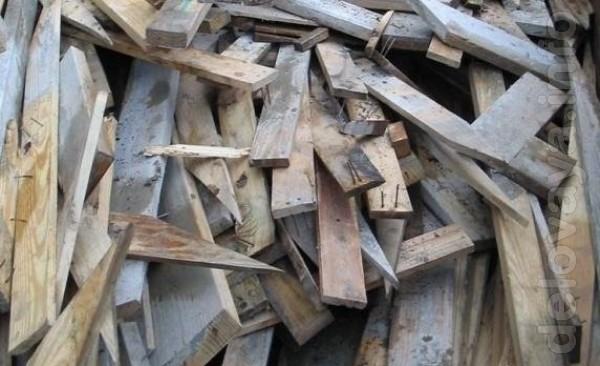 Продам дрова с разборки. Звоните с 8.00 до 19.00. Воскресенье - выход