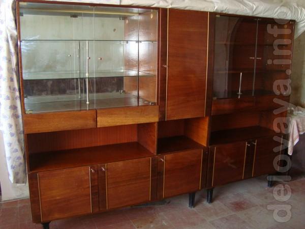 Шкаф комбинированный гостинный,гостинный 70х.г.,в норм сост.Самовывоз