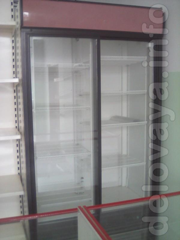 Холодильник двухдверный, 1,3 м. Без повреждений, герметичен, полность