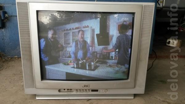 Телевизор 'ЛЖ' и ' JVC' и 'Филипс'  -54см Ultrа Slim + DVD-USB, плоск