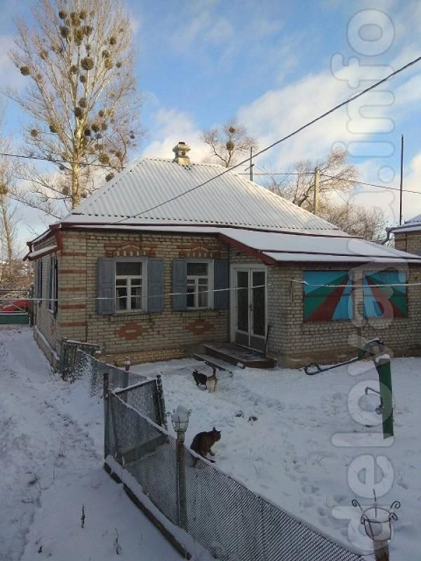 Предлагаю дом-усадьбу в пригороде Харькова, в жилом состоянии, для пр