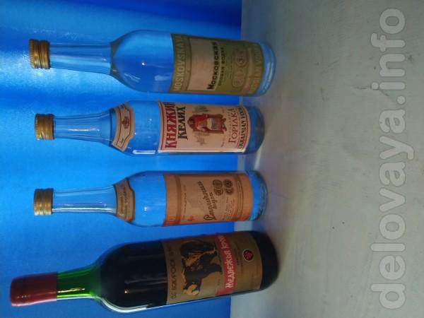 Алкогольные напитки 80 х годов, оригинал! Столичная 1500 грн, вино 50