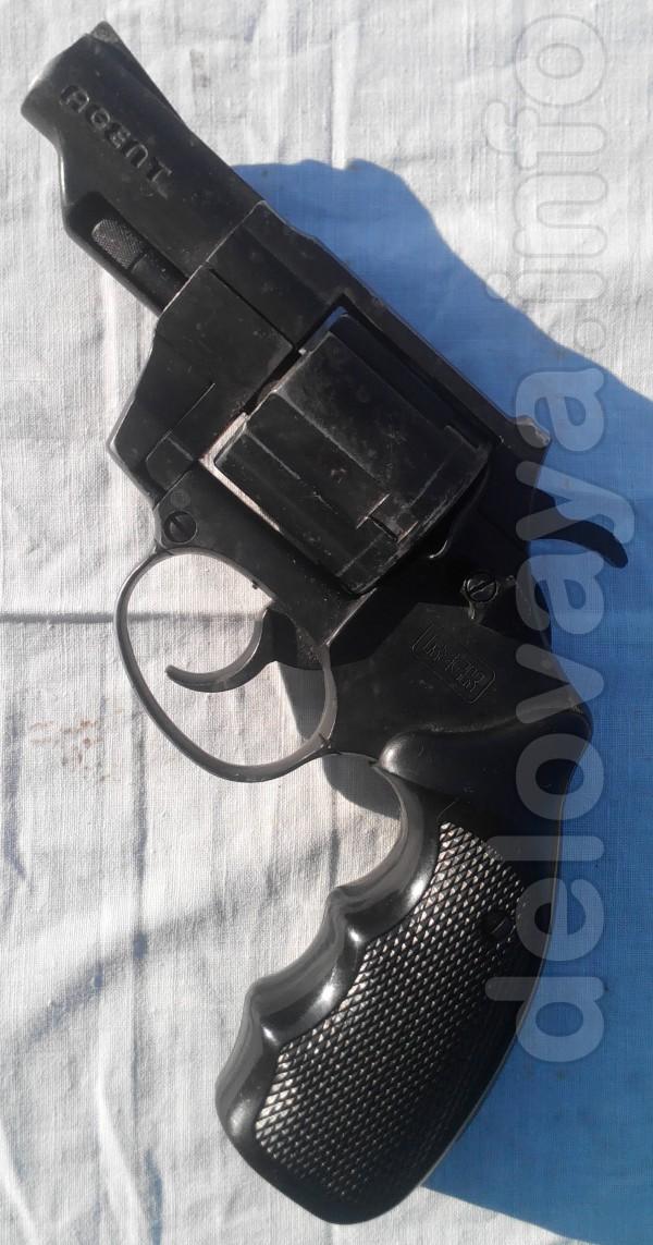 Продам газовый револьвер производства Германии марки Reck, модель Age