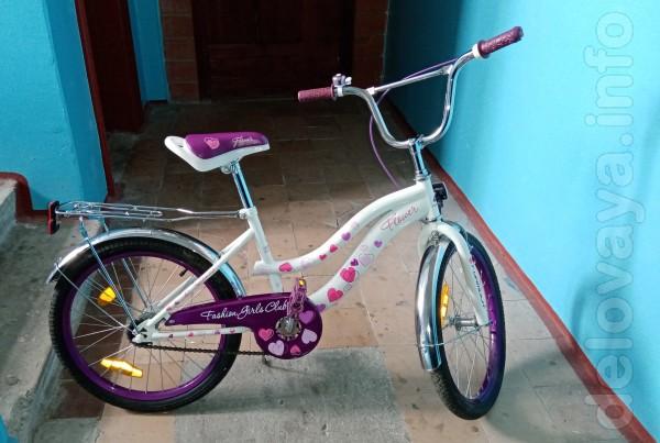 Велосипед почти новый, мало б/у, без царапин и вмятин. Материал рамы