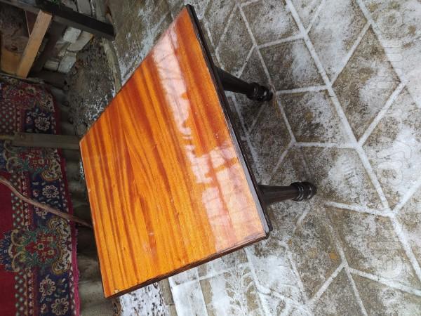 Журнальный столик 43х70х58 см,350 грн.торг.