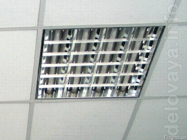 Продам растровые светильники для потолка армстронг,  60/60 см на 4 ла