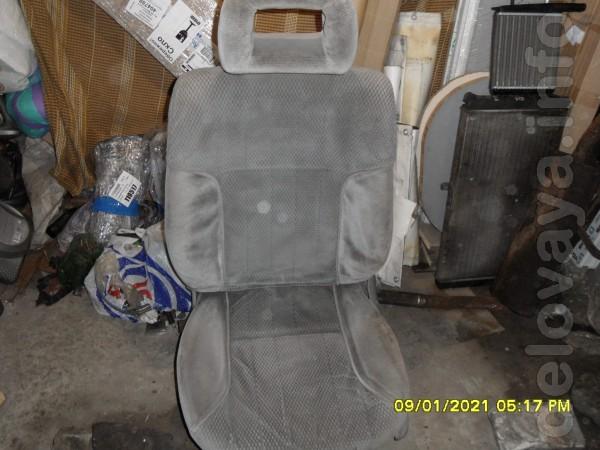 Продам передние сиденья Опель, б/У, оба сиденья с подогревом, водител